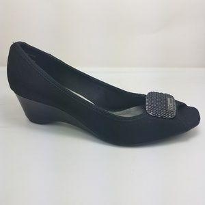 Anne Klein sport aknibble peep toe black fabric